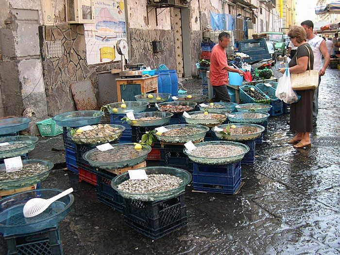 Fischmarkt in Neapel