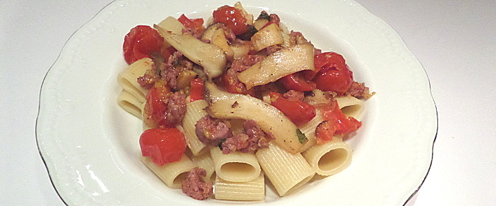 Pasta con cardoncelli e salsiccia