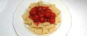 rigatoni con salsa di pomodorini