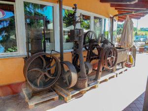 Außenansicht mit Maschinen-© Museum (G. Lugo)