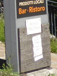 Das irredührende Museumsschild