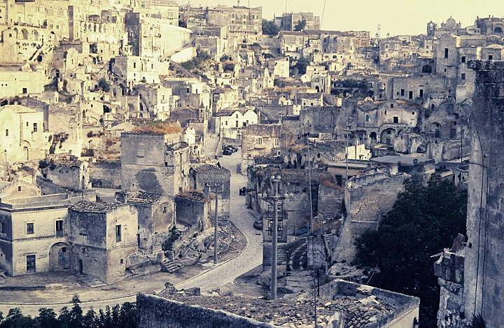 Altstadt von Matera mit Sassi