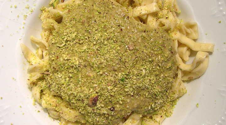 pasta ai pistacchi e panna
