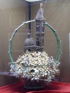 Confetti-Arbeit mit Campanile und Kuppel der Kirche SS. Annunziata in Salmona (1961)